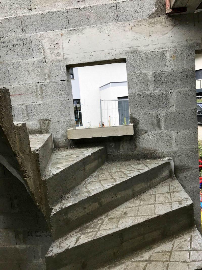 fenetre dans escalier