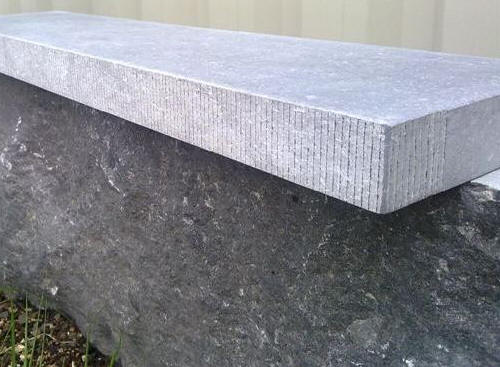 appui fenetre pierre